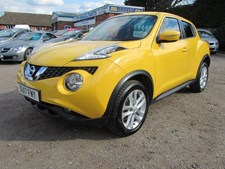 Nissan Juke 1.2 DIG-T (115ps) N-Connecta (s/s)(Xenons)(Open-air roof)(Safety Shield) Hatchback 5d 1197cc
