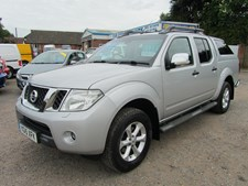 Nissan Navara Double Cab Pick Up Tekna 2.5dCi 190 4WD Auto SAT NAV REV CAMERA